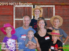 2015 NICU Reunion Family Photo At Staheli Farms, photo by yellowpix.com