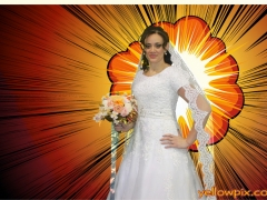 Bride_in_photo_booth