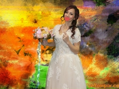 Bride_in_yellowpix,com_photo_booth